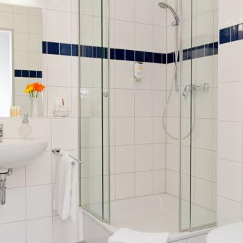 Johanniter Gästehaus - Badezimmer