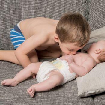 Fotosession - Ein Küsschen für den Bruder
