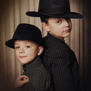 Geschwisterbilder - Die Gangster